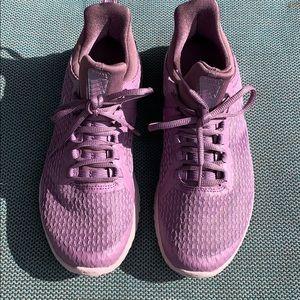 Woman's Nike Renew Rival shoes